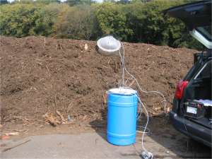 Composting%20windrow%20odor%20sampling-resized-600[2]